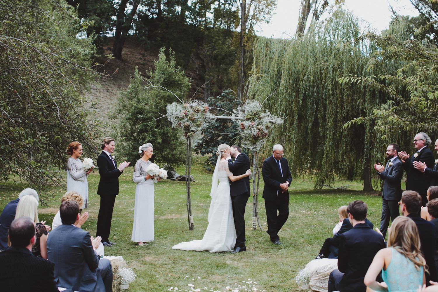 justin_aaron_queenstown_thelby_domain_new_zealand_wedding_sally_lachlan-74.jpg