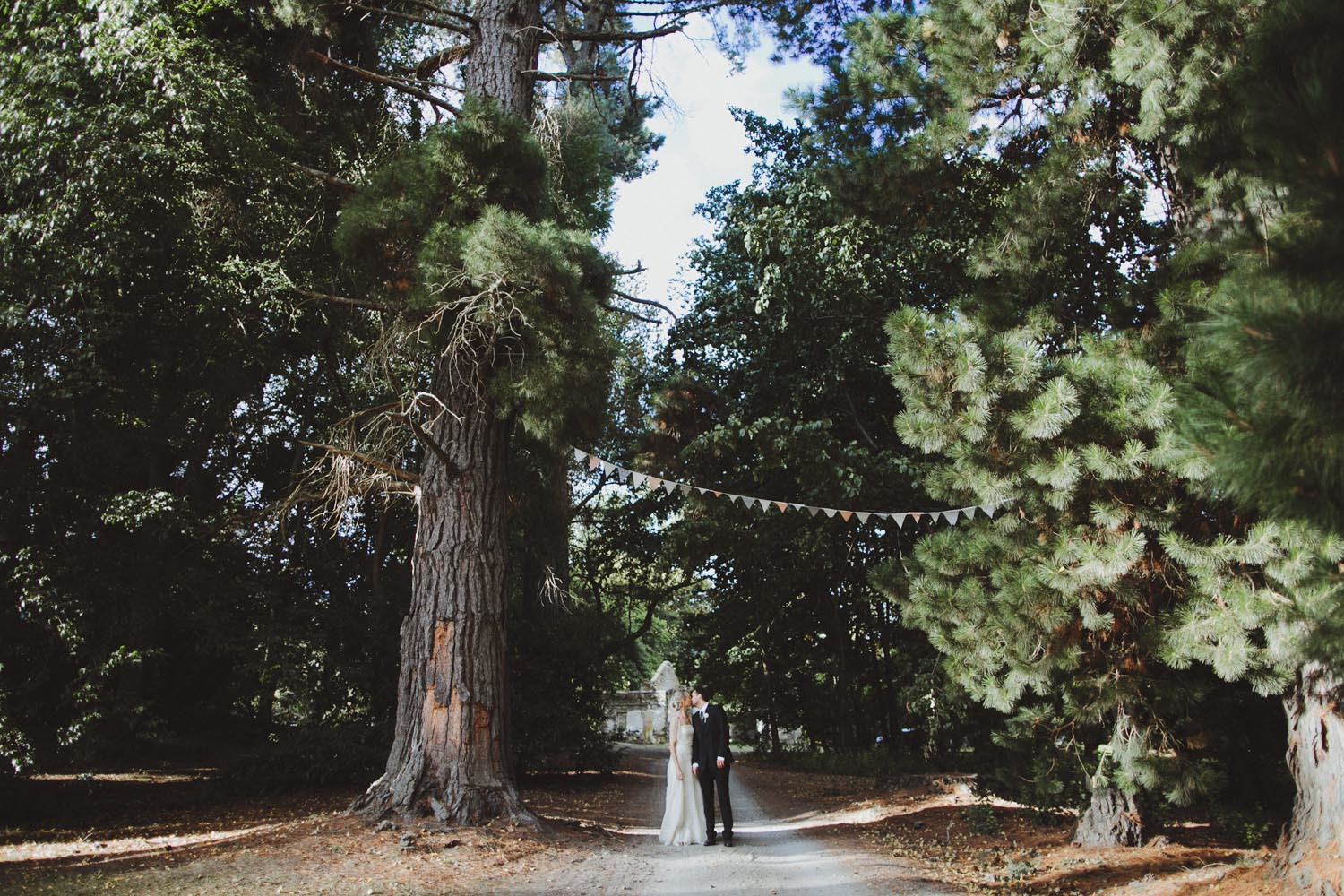 justin_aaron_queenstown_thelby_domain_new_zealand_wedding_sally_lachlan-108.jpg