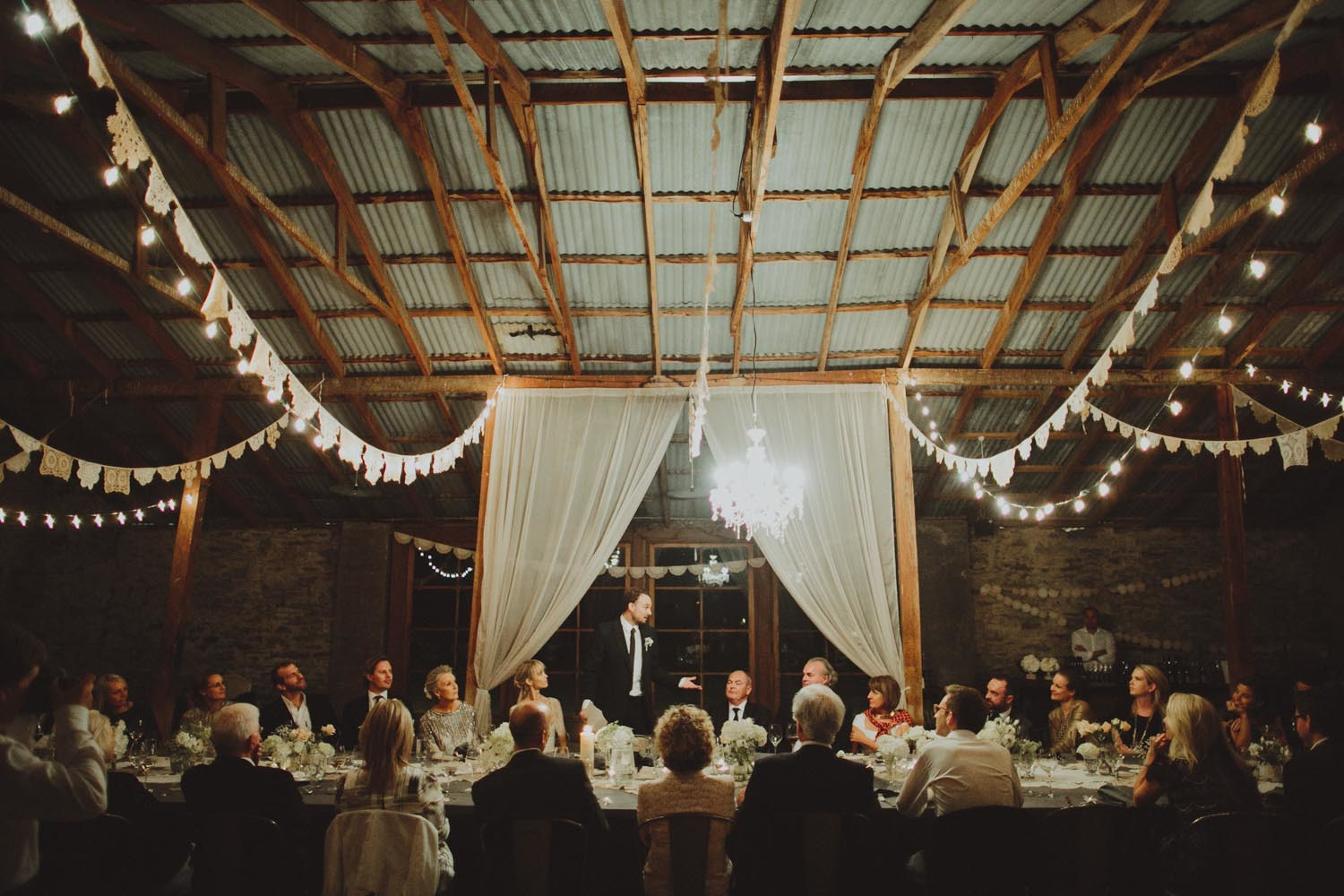 justin_aaron_queenstown_thelby_domain_new_zealand_wedding_sally_lachlan-164.jpg