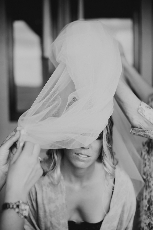 justin_aaron_byron_bay_eureka_wedding_photographer-26.jpg