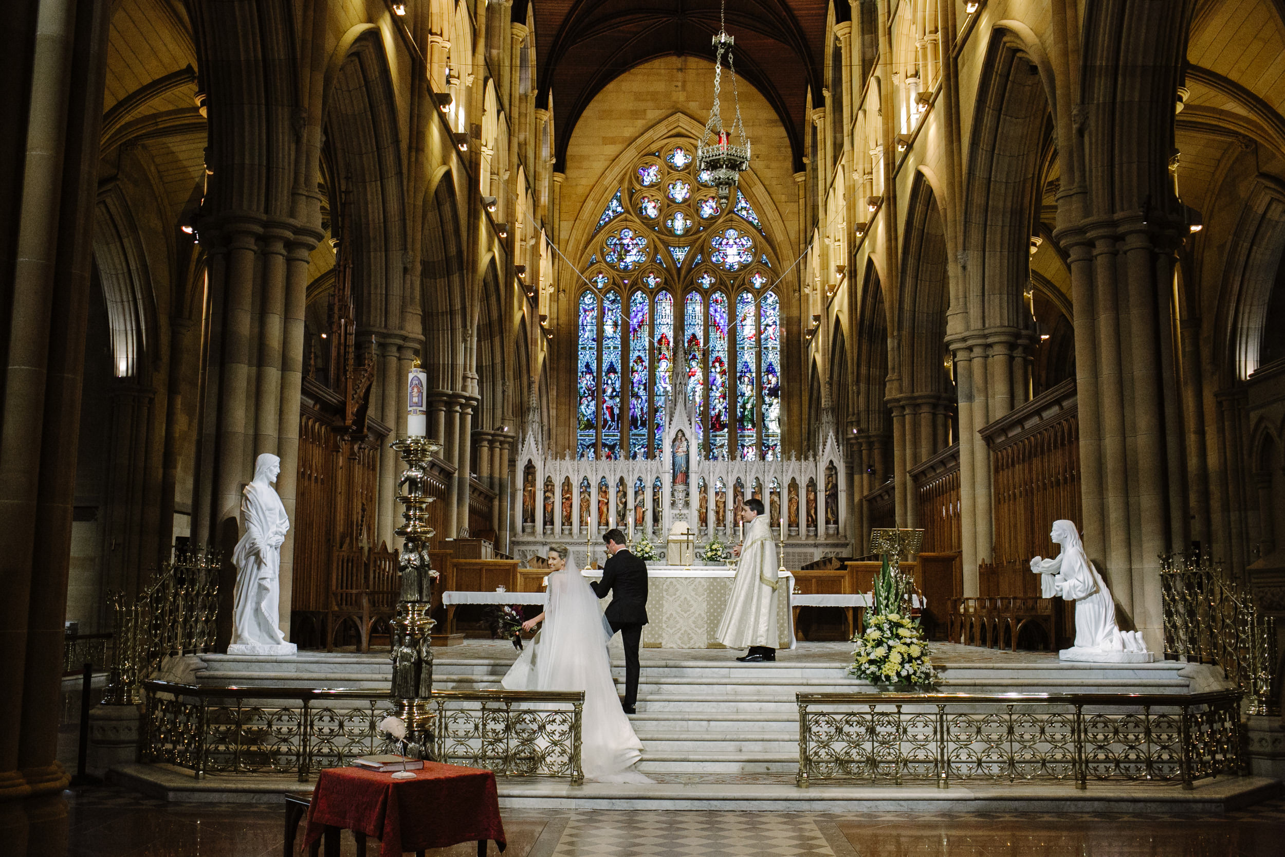 justinaaronphotographer_the_old_clare_kensignton_street_social_st_andrews_cathedral_sydney_alana_chris_b-001-089.jpg