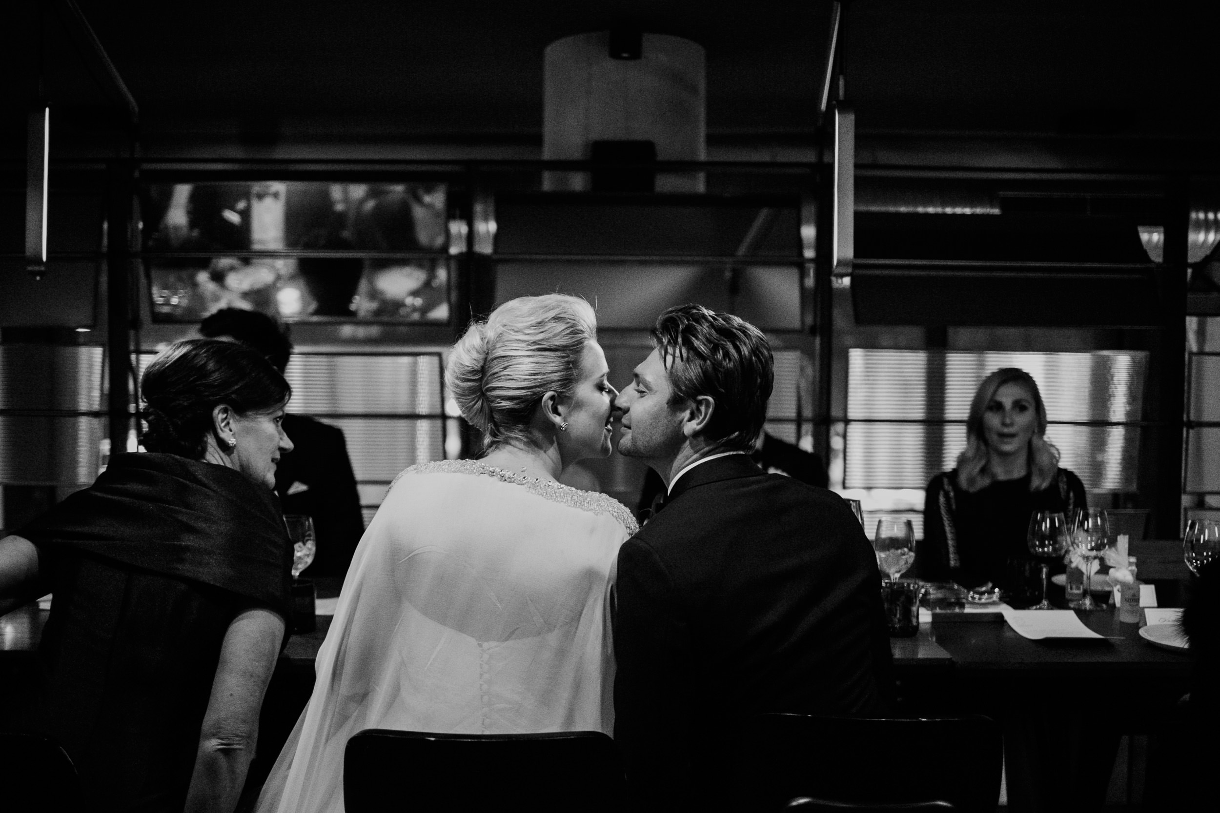 justinaaronphotographer_the_old_clare_kensignton_street_social_st_andrews_cathedral_sydney_alana_chris_b-001-193.jpg