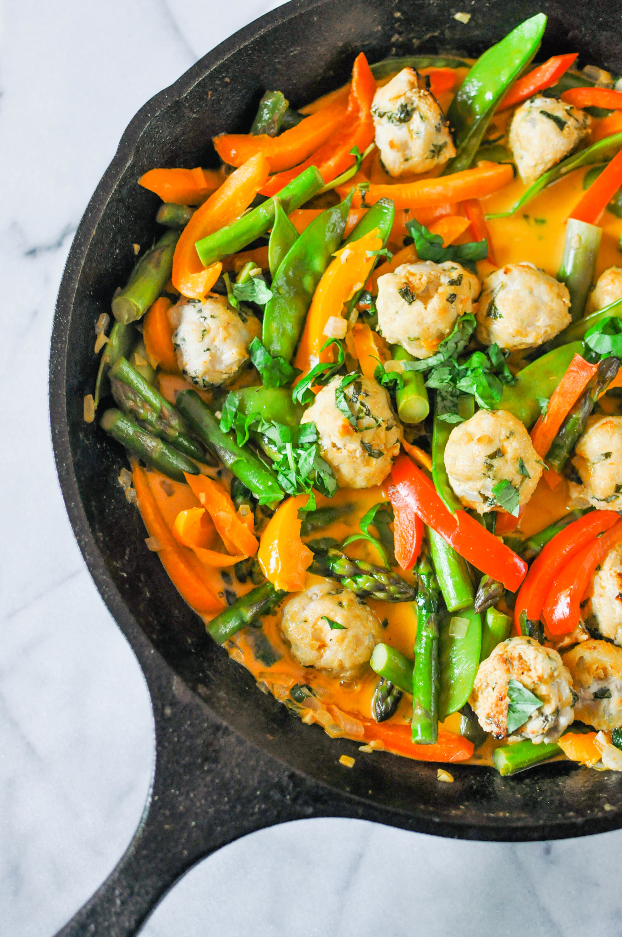 Red Thai Curry Turkey Meatballs - a delicious main meal that's full of veggies and flavor | This Healthy Table