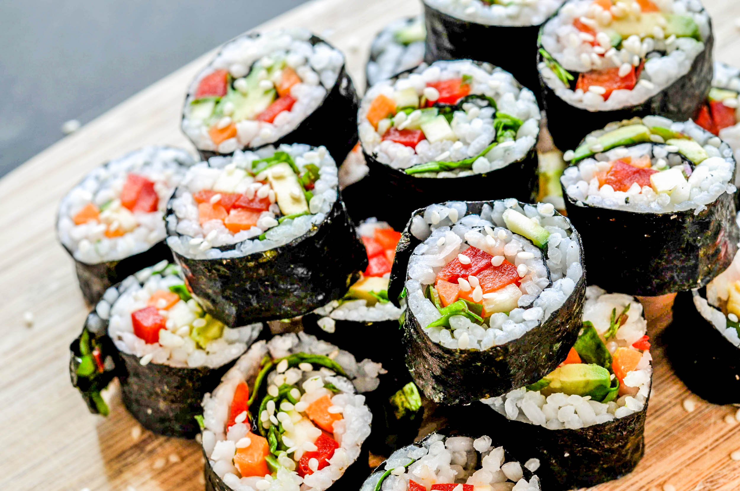 This easy vegan sushi recipe can be pulled together in less than 30 minutes. It's delicious, healthy, and easy to make.