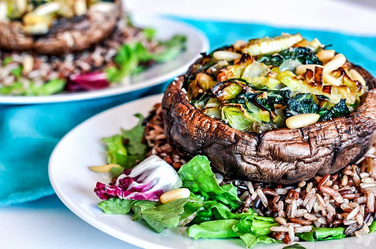 Leek and Spinach Stuffed Portobellos. This healthy, vegan recipe makes for a delicious dinner.