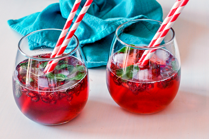 pomegranate shirley temple recipe (2 of 3).jpg