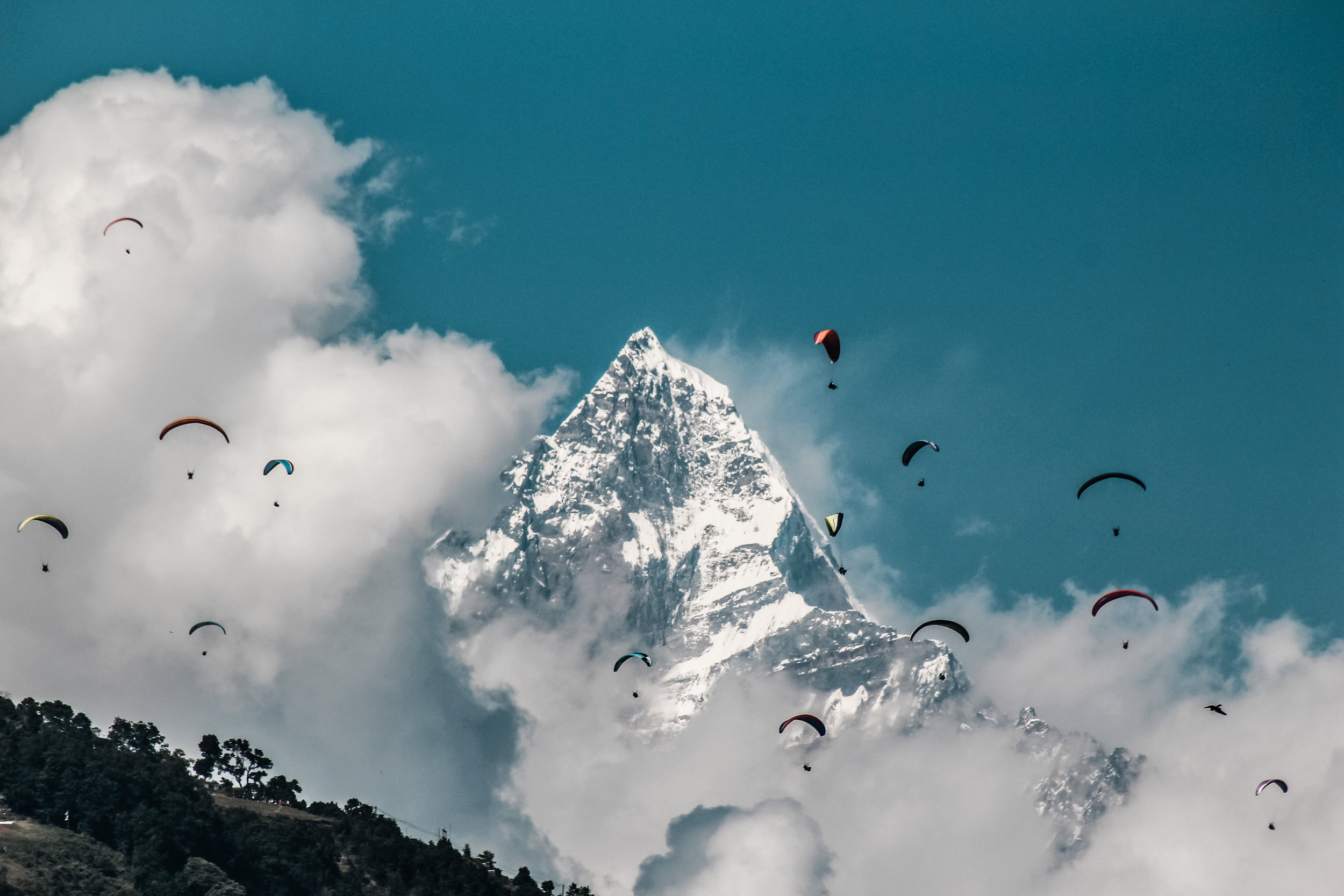 Hang gliders in Pokhara, Nepal