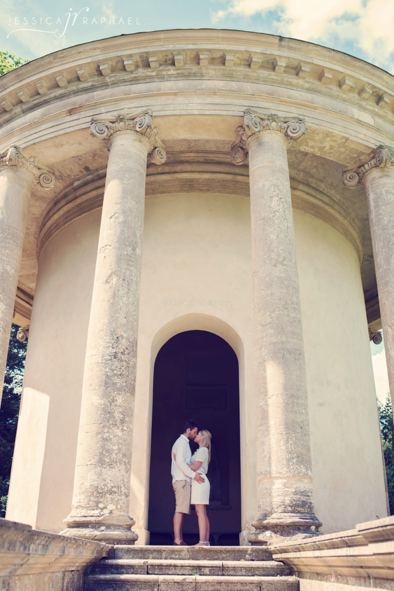 engagement-photography-wedding-photographer-buckingham-stowe-landscape-gardens-stowe-weddings