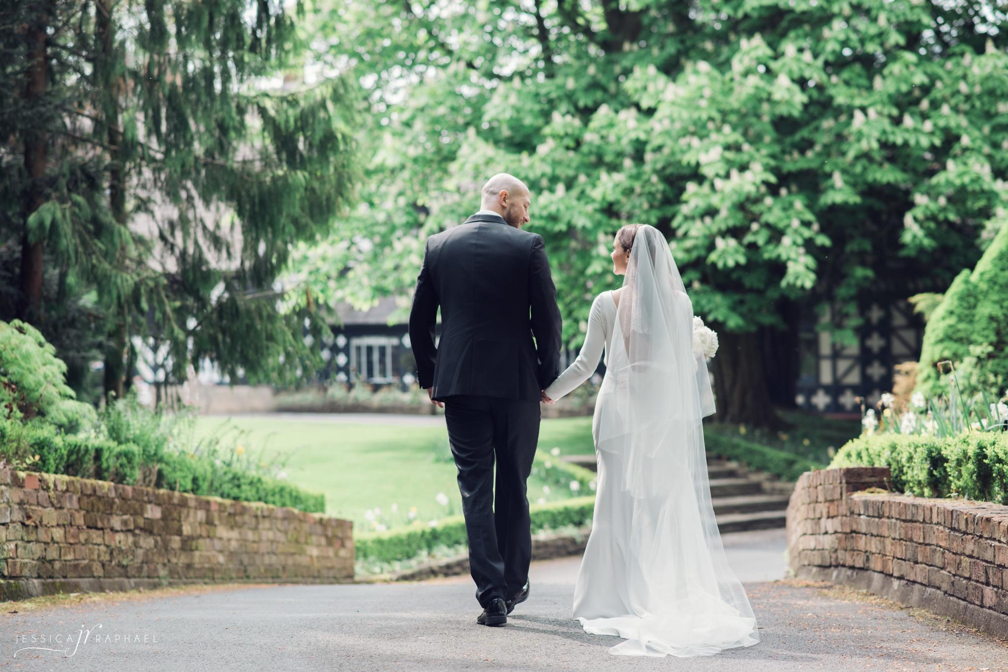 samlesbury-hall-weddings-samlesbury-hall-wedding-photographer-midsummer-nights-dream-jessica-raphael-photography
