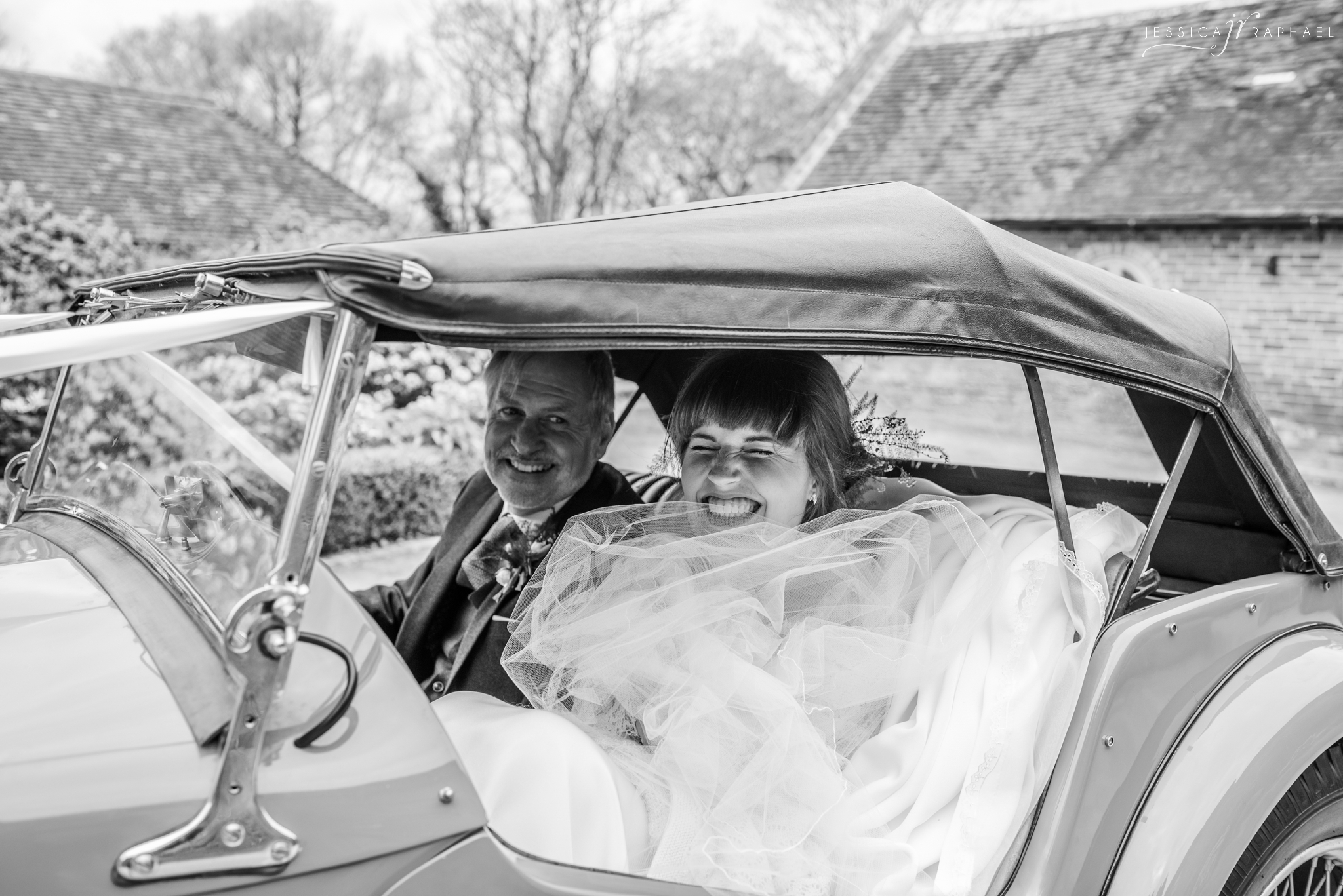 jessica-raphael-photography-fathers-day-wedding-photography