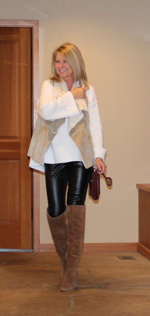 https://www.northwestmountainliving.com How I Wear Leather Leggings