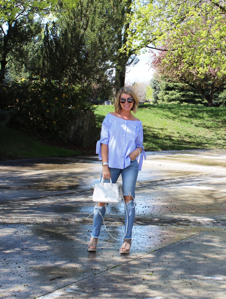 Click on picture for full post. Rockin' Denim Over 40 On Northwest Mountain Living & Style Ripped Raw Hem Skinny Jeans
