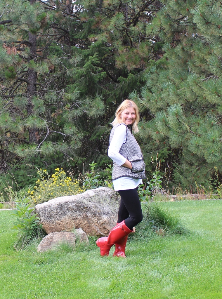 Look 4 - In this look I am wearing my fire engine red Hunter boots, white tee with a plaid vest.