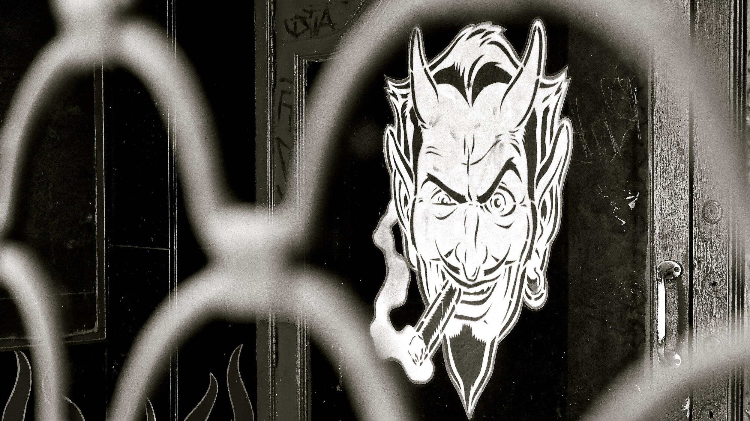 Diablo fumón