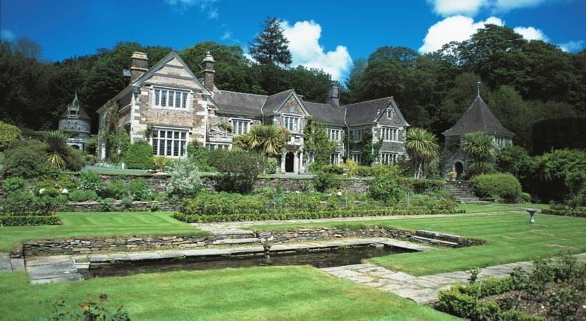 Lewtrenchard manor weddings coombe trenchard 2