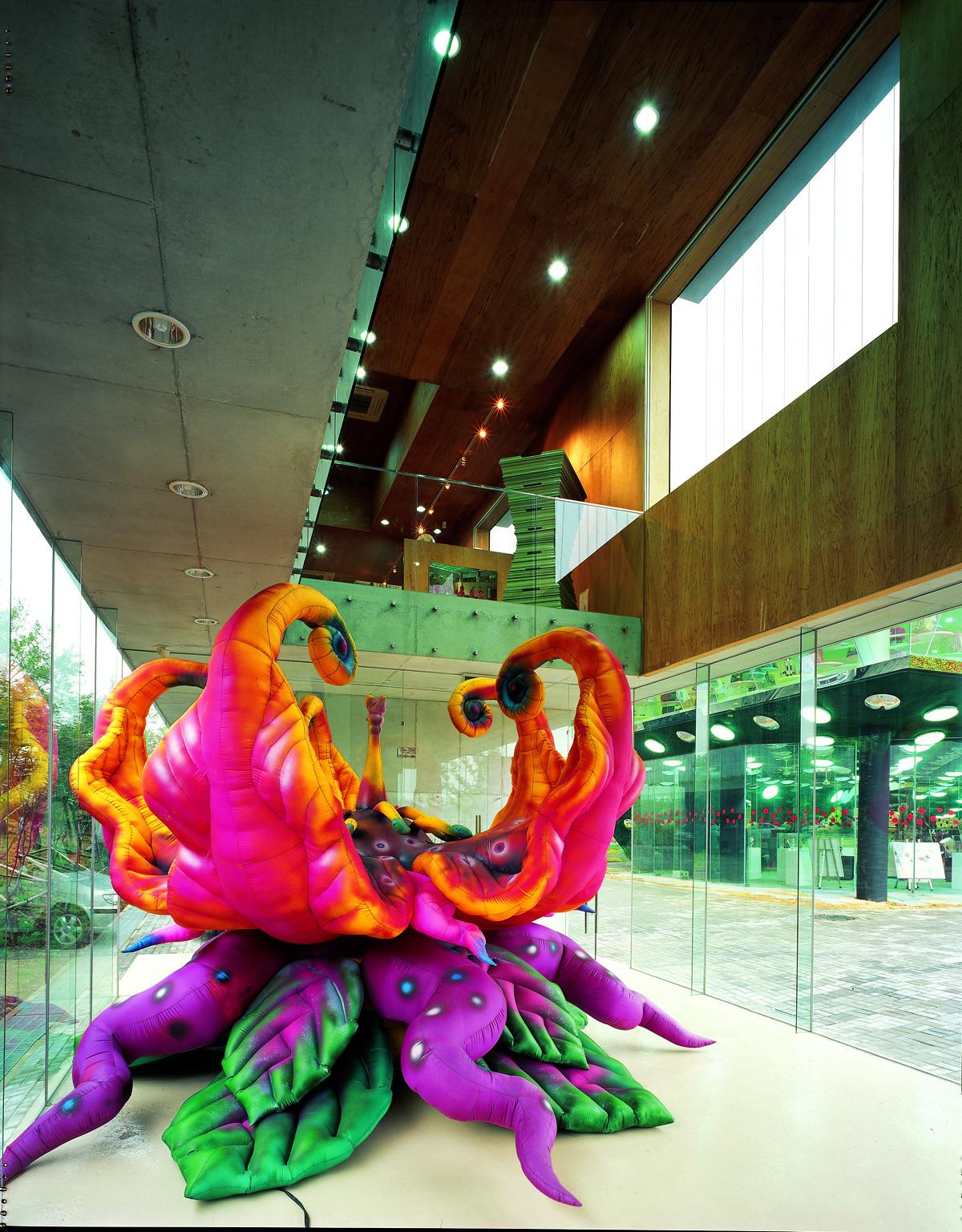 Art warehouse-06.jpg