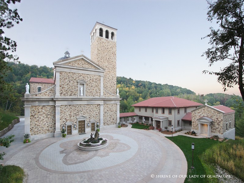 shrine-church-plaza-800x600.jpg