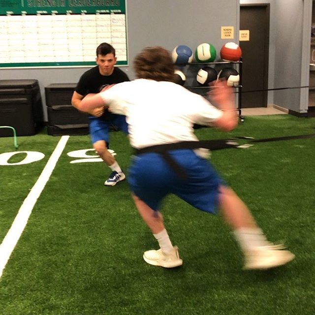It may be summer, but our athletes are still dedicated to working on their performance! #HPIAthletes . . . #ibjihpi #healthperformanceinstitute #moveperformlivebetter #hpifitfam #moveinspired #sportsperformance #baseballperformance #athletictraining #eliteathletes #injuryprevention #returntosport #gymlife