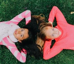 best_friends_childhood_girls.jpg