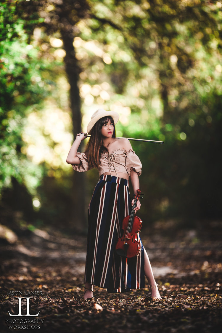 veronica violin 2.jpeg
