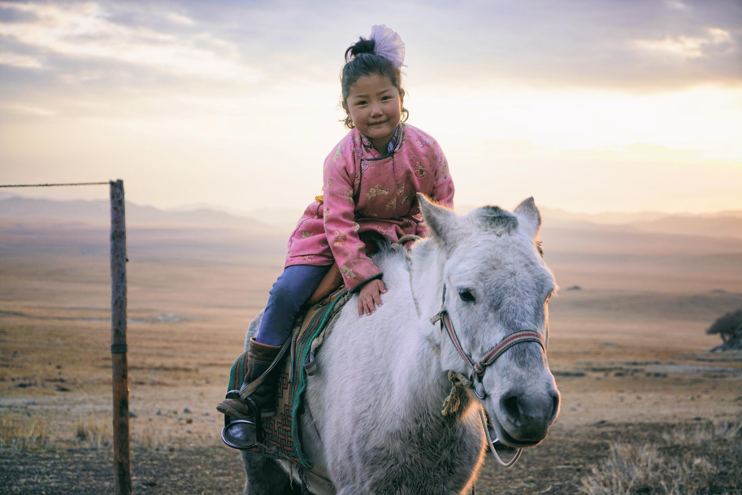 Khasar_S_SunduijavSunsetPortrait_Tuv_Mongolia_Winter_2016 copy.JPG