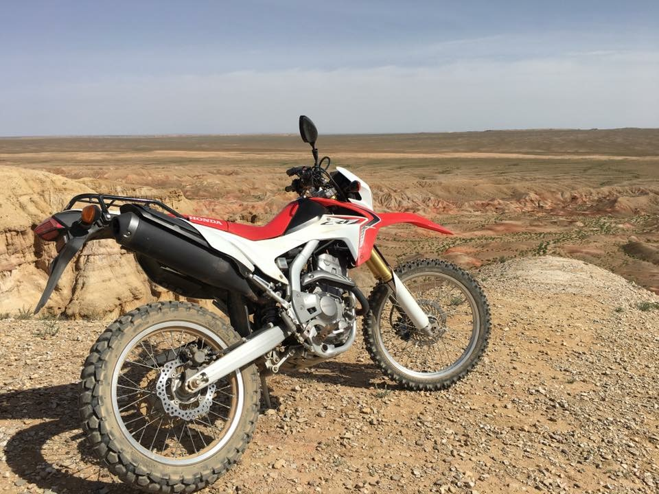 HONDA CRF 250 - See Mongolia's Beauty in an Exciting, Fun and Adventurous way!