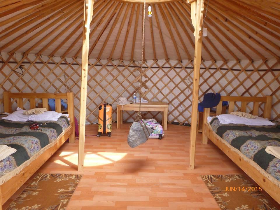 gobi-erdene-ger-camp.jpg