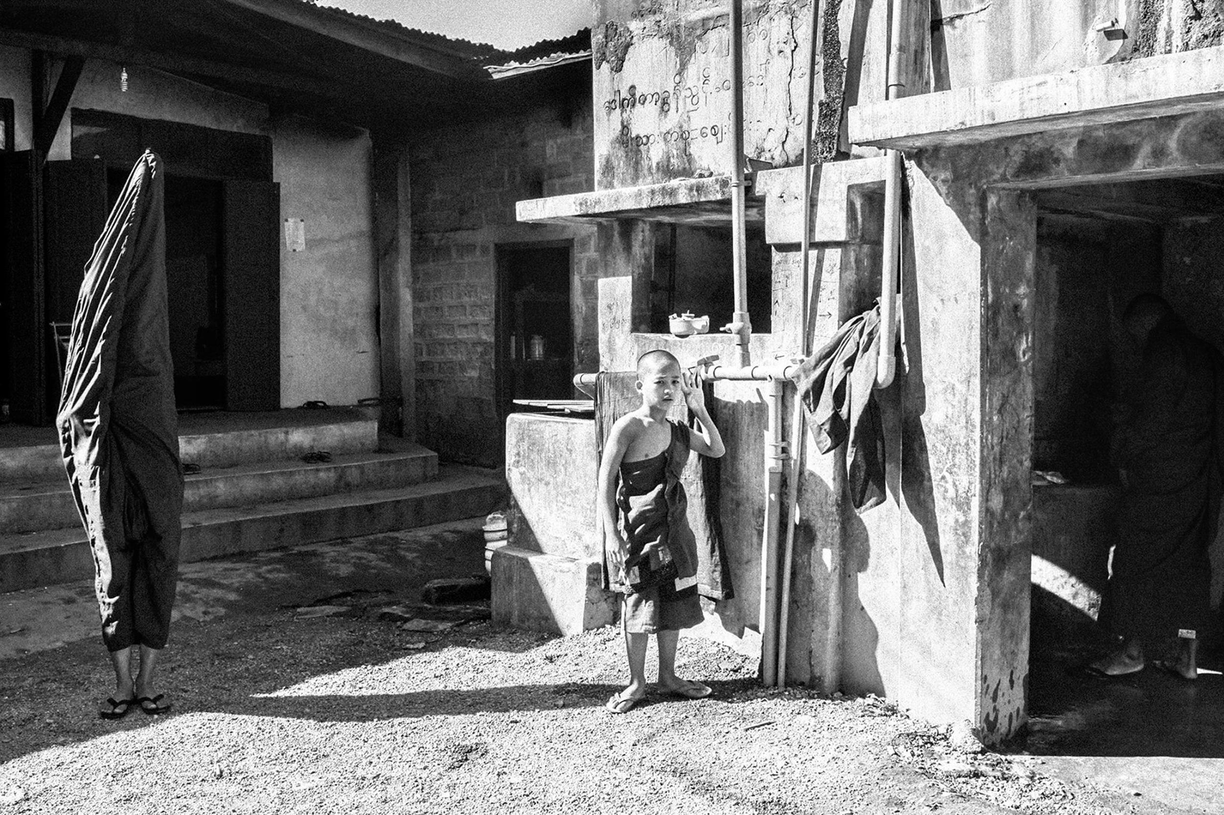 Life in Burma _-6.jpg