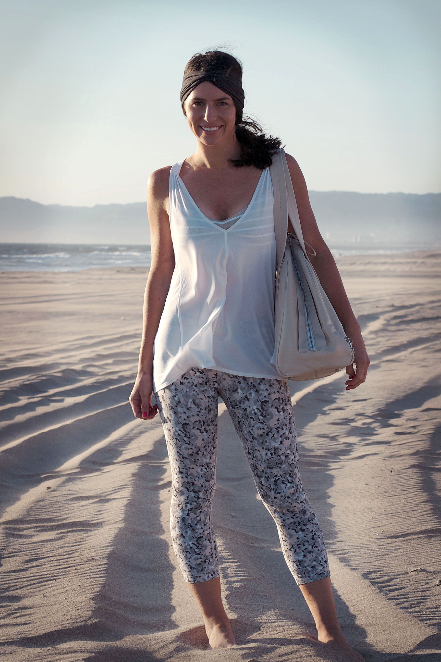 lululemon beach yoga
