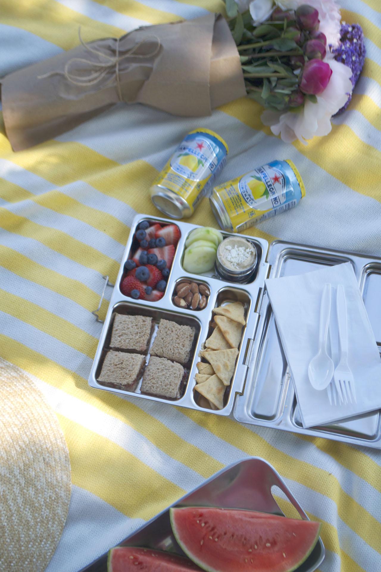 14.picnic.jpg