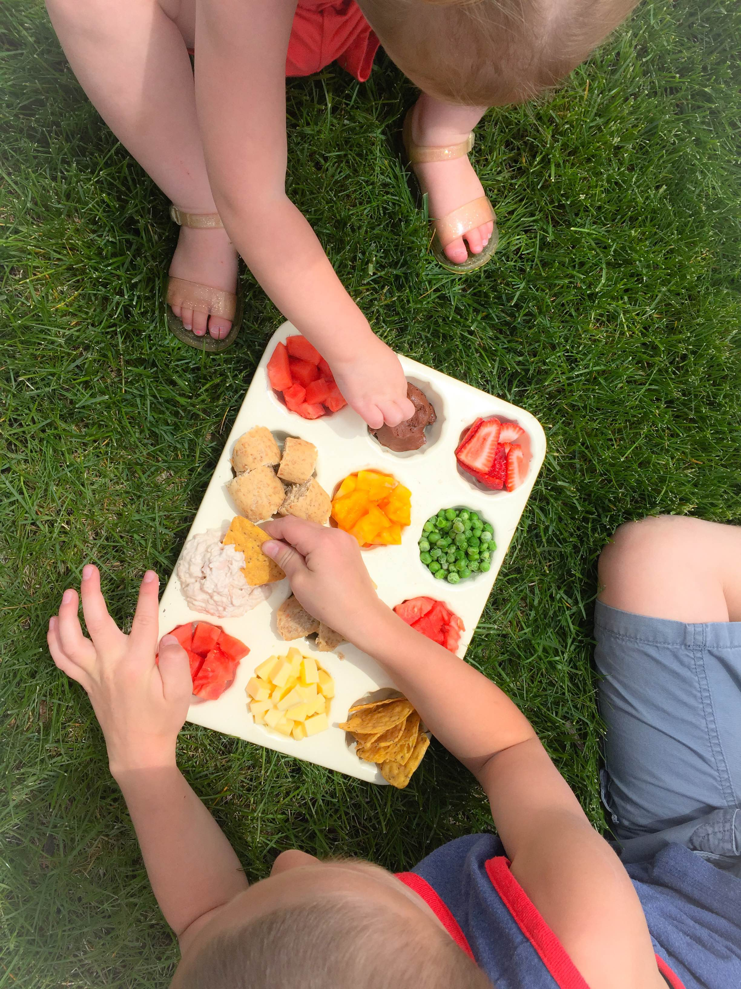 summer snack tray for kids