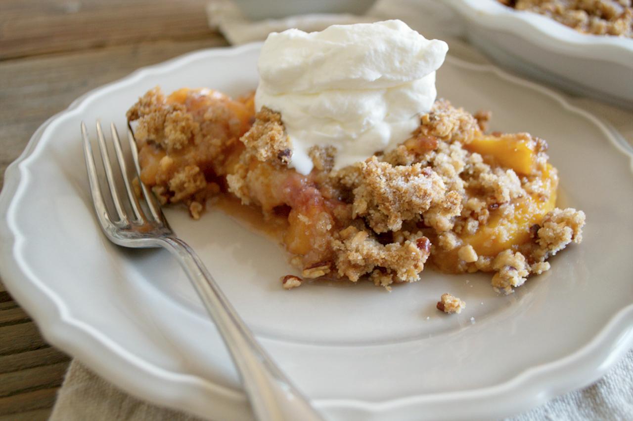 Peach Pie Crumble 5.jpg