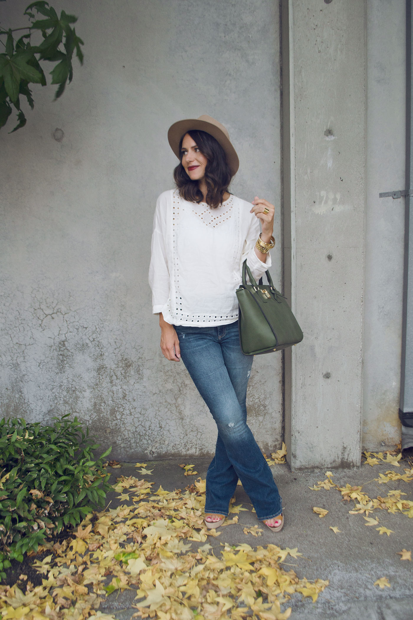 Flare Jeans 2.jpg