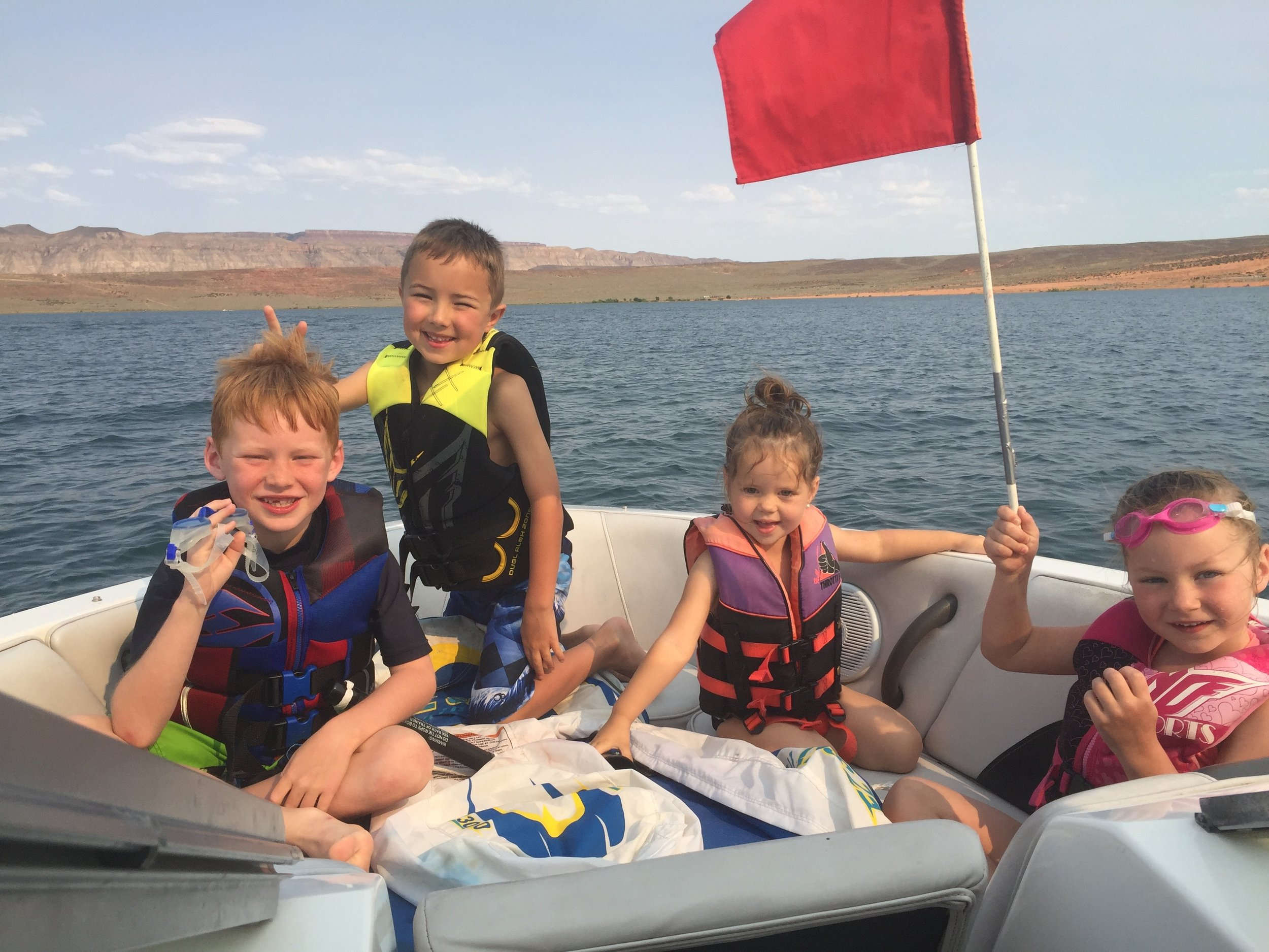 boating in sand hollow reservoir