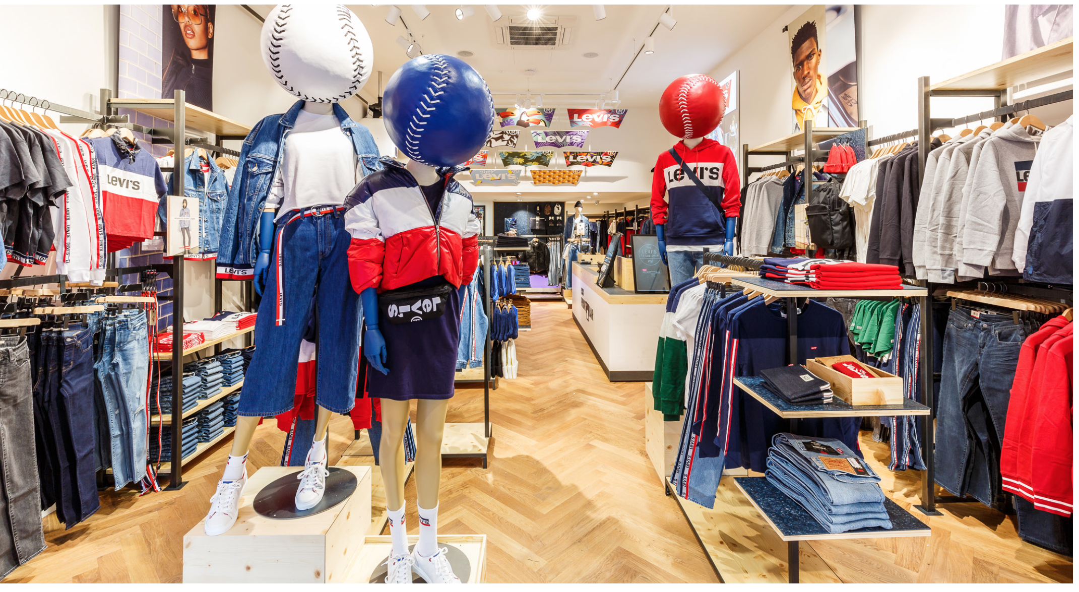 Baseball Mannequin heads for Levi's in Rotterdam