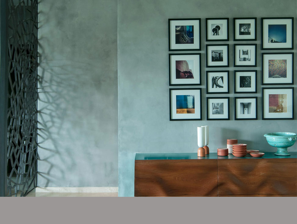 CREDENZA AND SCREEN