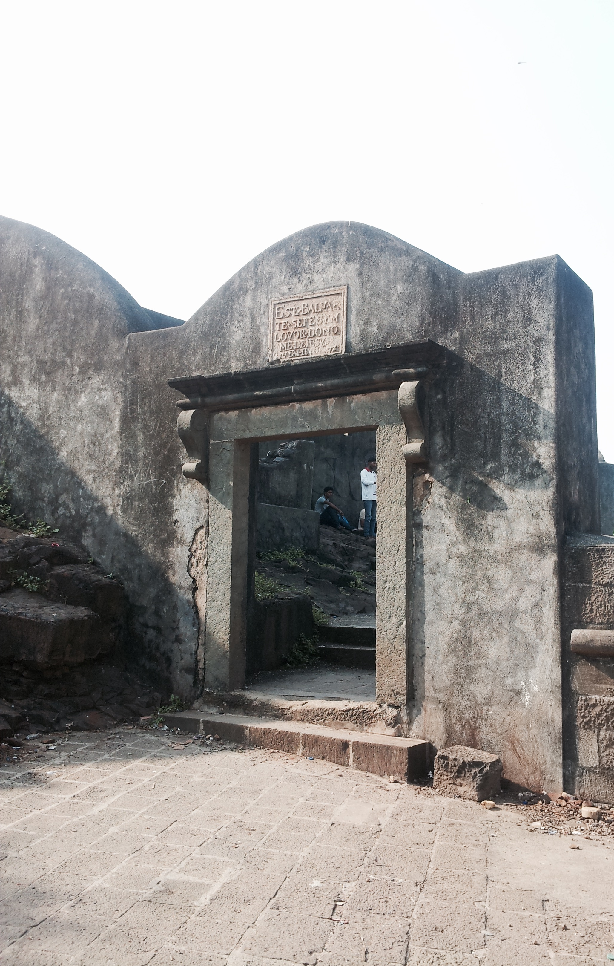 Castella dr Aguada  commonly known as Bandra Fort.