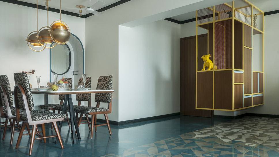 DINING AND ENTRYWAY