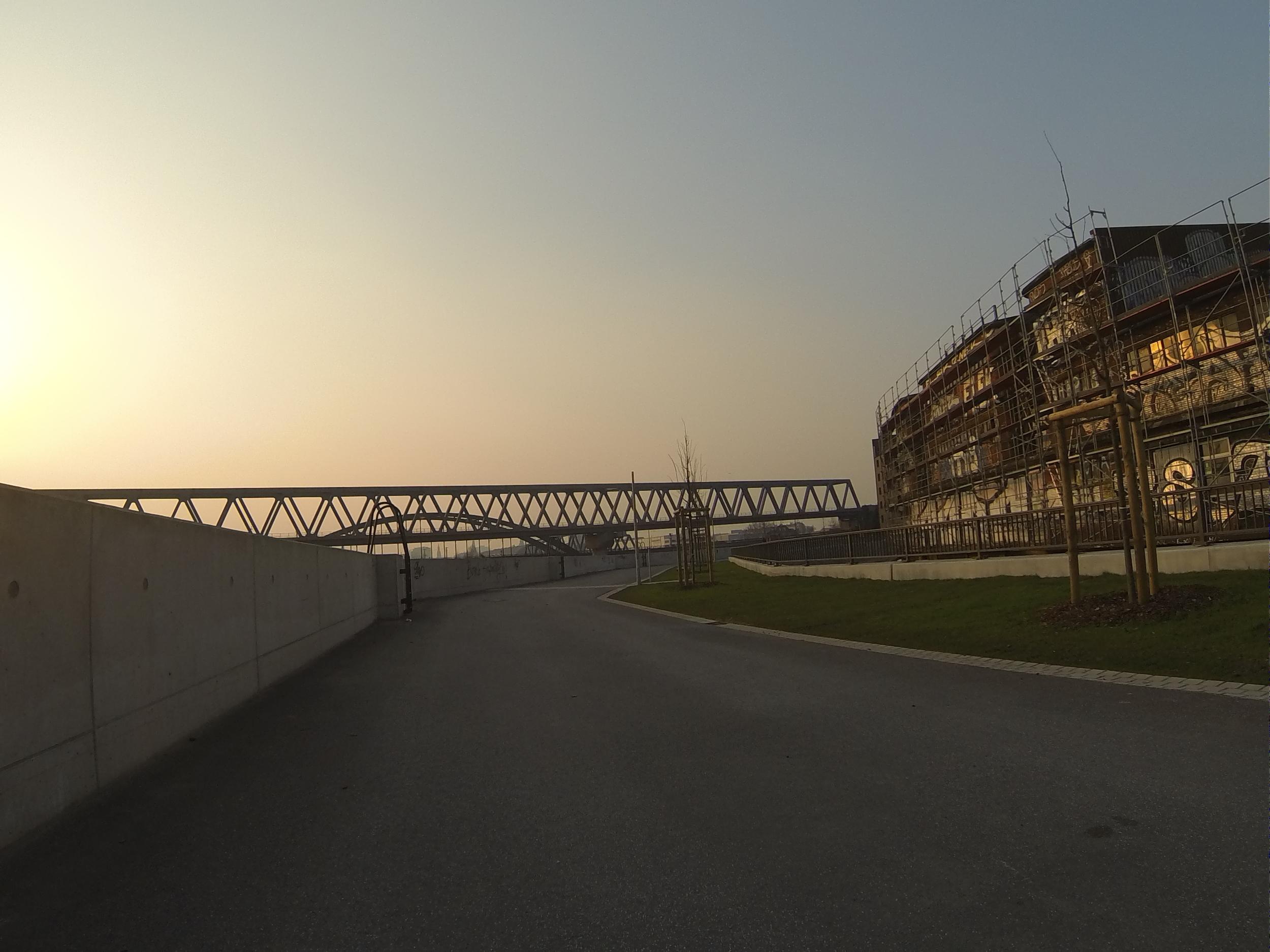 rad race brandshof