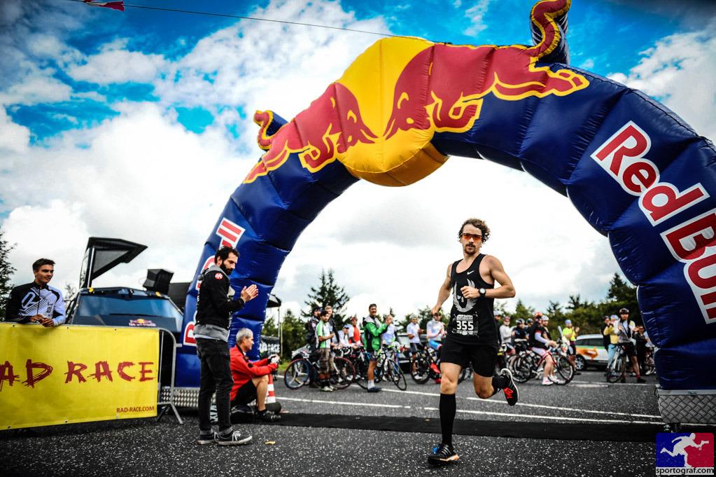 Beim RAD RACE x GUILTY76 BERGFEST können Radfahrer mit jeder Art von Bike starten und auch Läufer schicken wir den Feldberg hoch!