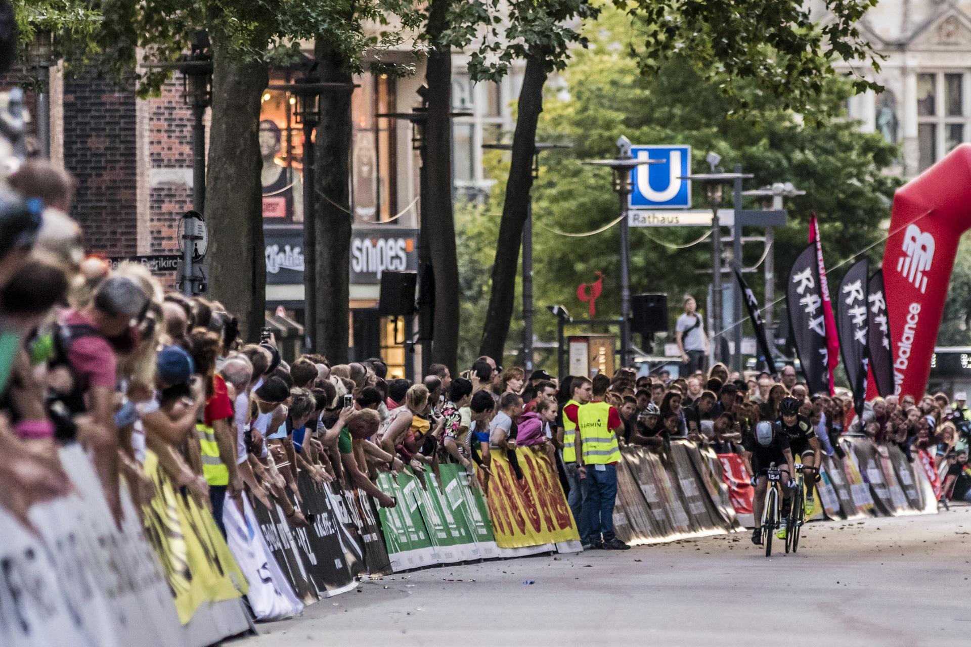 RAD RACE BATTLE - Cyclassics Hamburg 2015 - Pic by René Mosler coolbananas.de_24.jpg