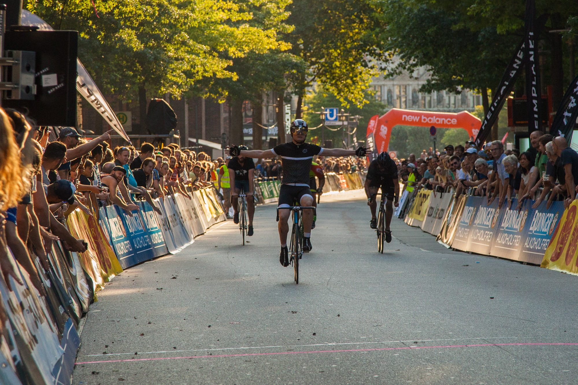 RAD RACE BATTLE - Cyclassics Hamburg 2015 - Pic by Burkhard Müller_30.jpg