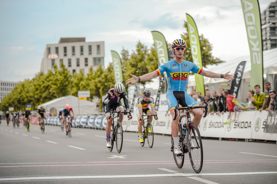 MAxime Haot winning the RAD RACE CRIT IN THE open category. shot by nils laengner.