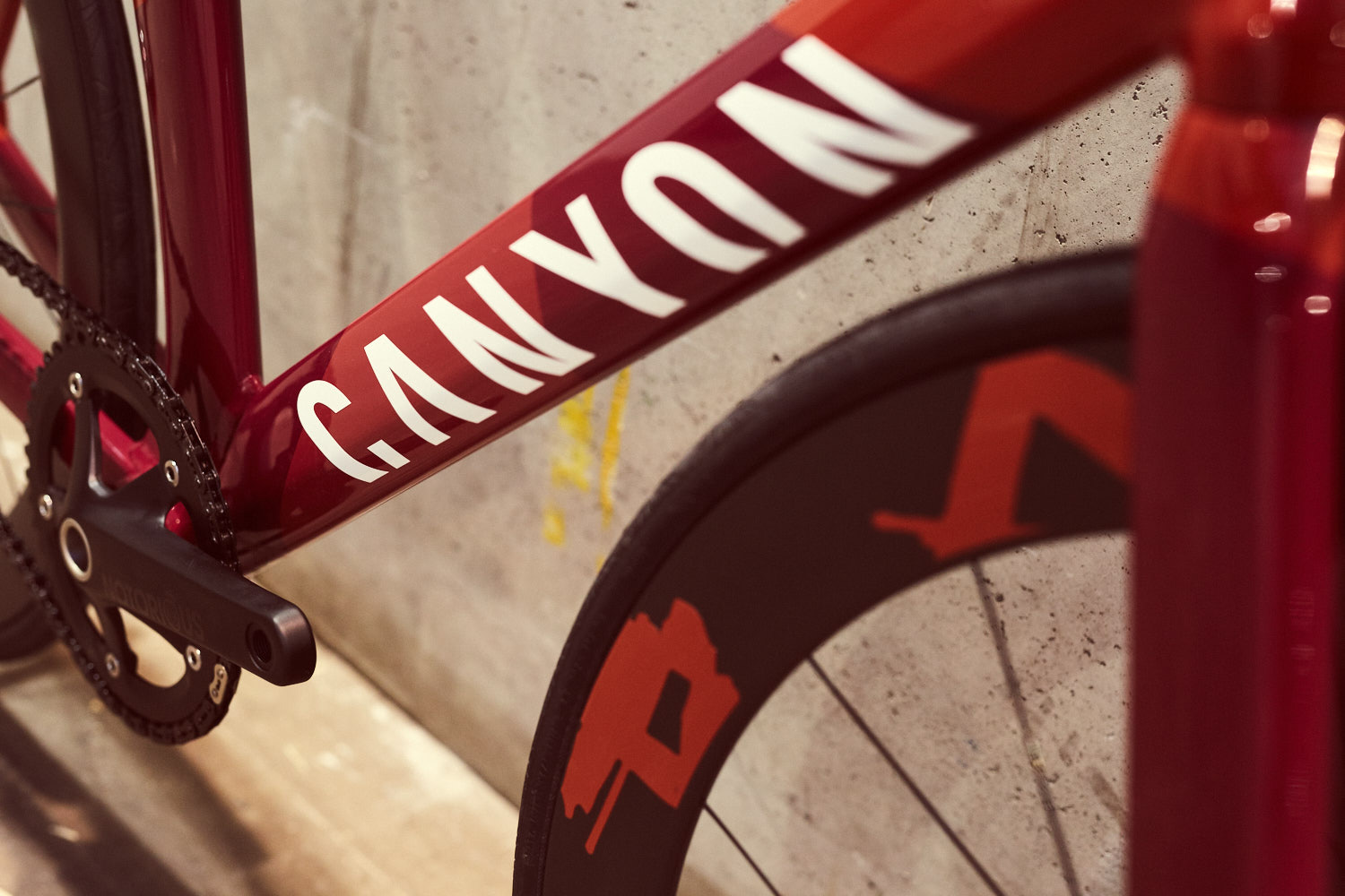 The CANYON V-RAD - Designed by CANYON BIKES, KOBLENZ. The CURRENT RAD PACK SET UP COMES WITH a DT SWISS RC55 TRACK WHEELSET and a selle san marco concor saddle.