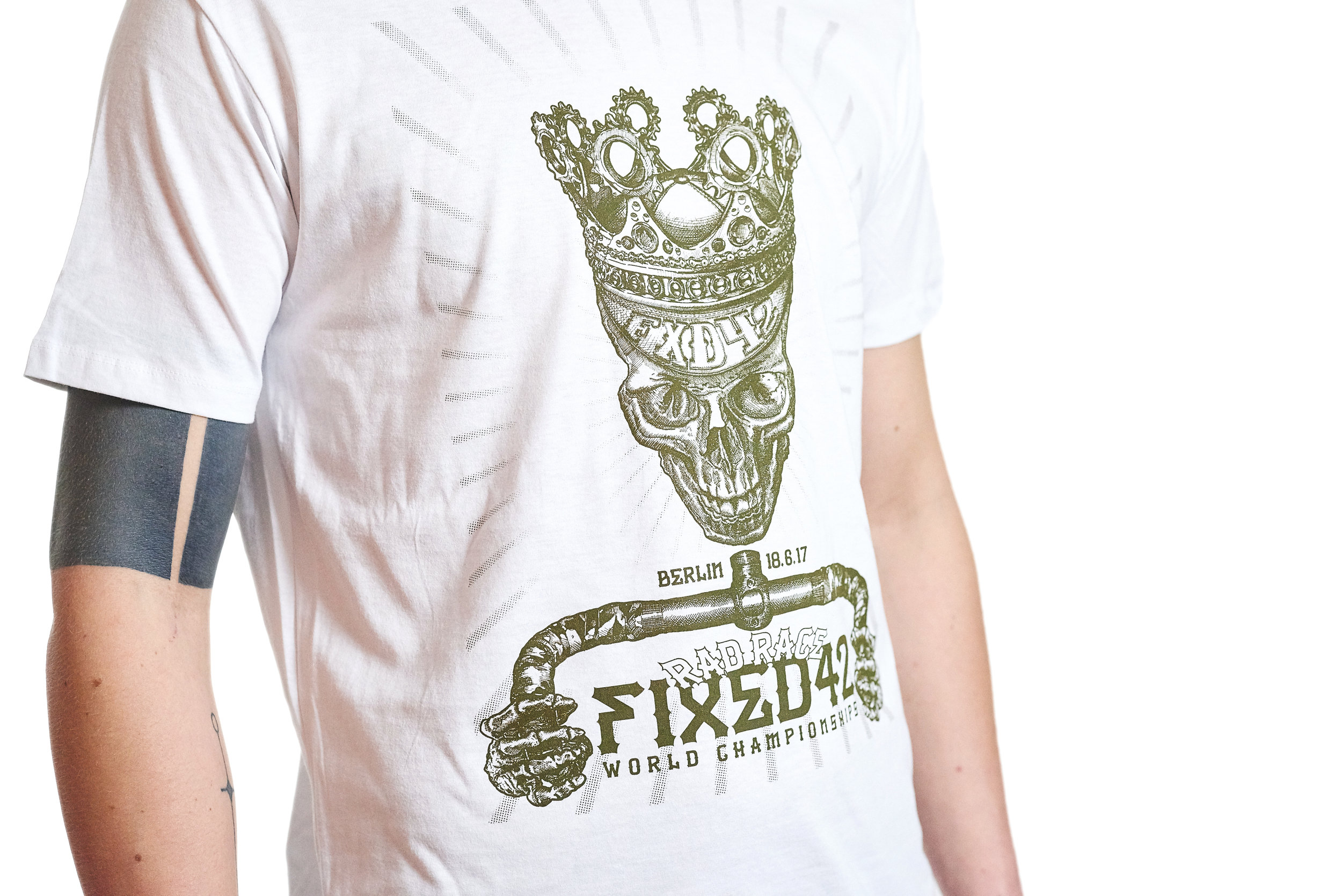 The official Fixed42 event shirt designed by Peer Koch