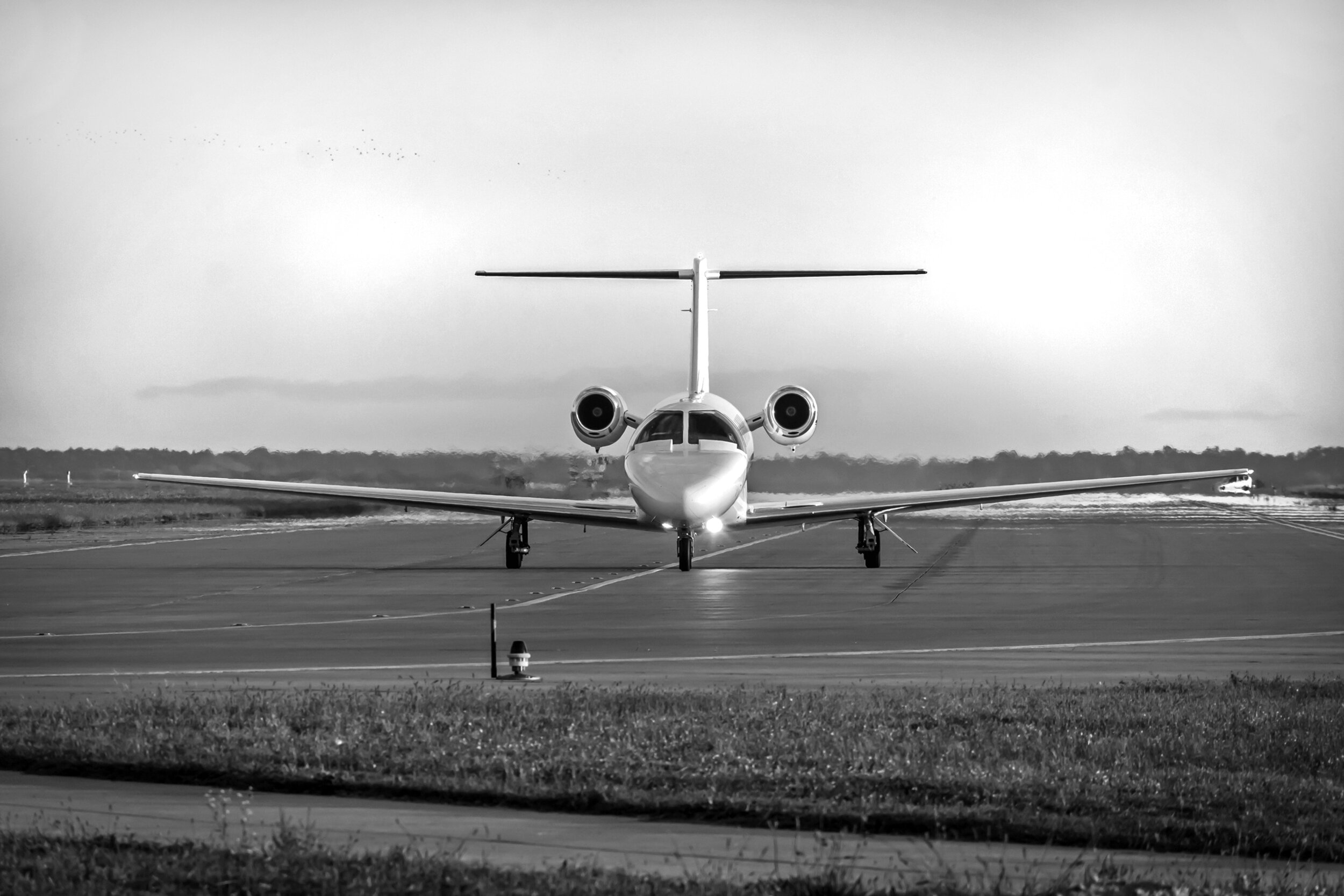 Corporate Aircraft Hire - There are many benefits to private air travel, however the real advantages of flying privately are convenience and efficiency; business imperatives.