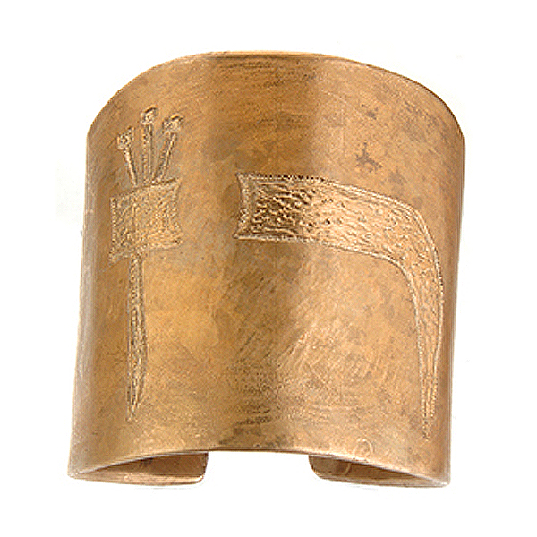 "Bronze cuff engraved with astrological sign ""Gemini"""