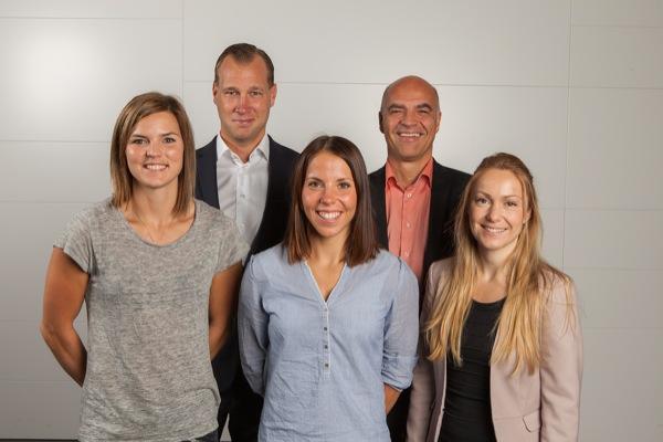 Glada miner på ÅFs huvudkontor igår. Jag, Viktor, Charlotte, Peter och Jossan.