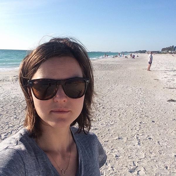 Bjuder på en selfie från Bradenton beach där vi var en sväng idag efter mina två pass.