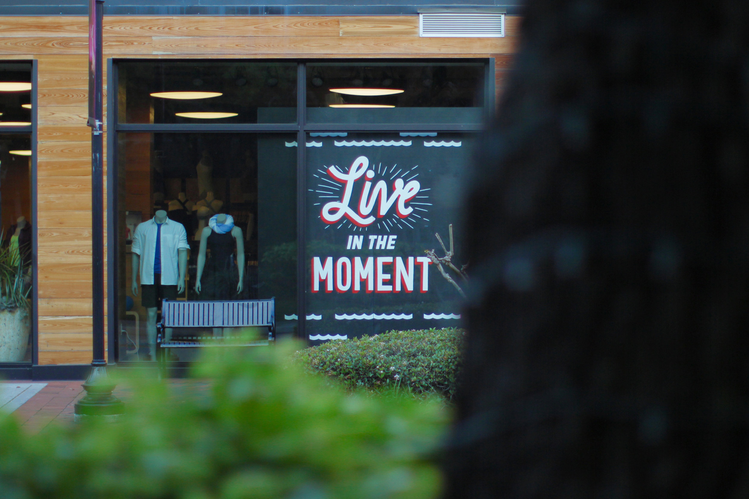 Lululemon-Tampa-Live-In-The-Moment